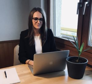 Work from home Agnese Rudzate organizing thriving business